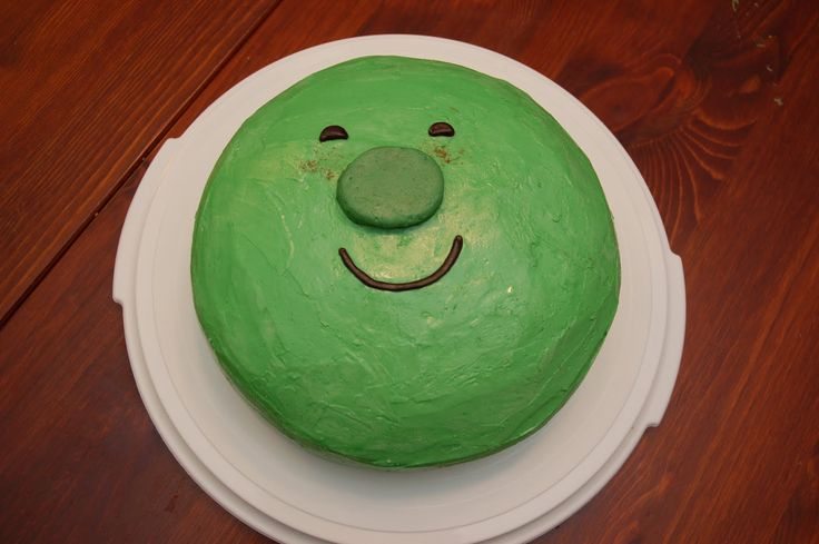 French pea cake... would be easy to do cupcakes, too!