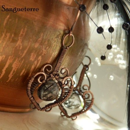 Yinnang * contrasting earrings  * rutil quartz, copper  * wire wrap * wirewrapping * wire artisan * handmade * wire * work * wirewrapped * wired