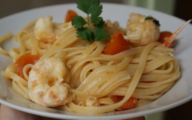 Trenette agli scampi con pomodorini #ricetta #pasta #scampi