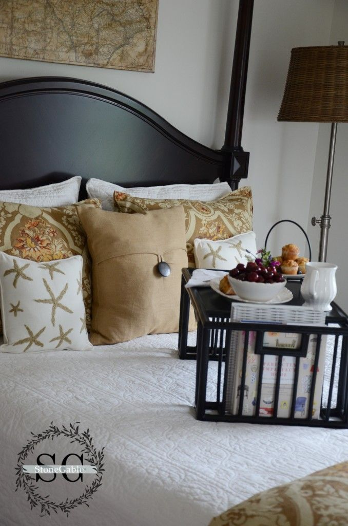 Gorgeous home tour from www.stonegable.com via At The Picket Fence