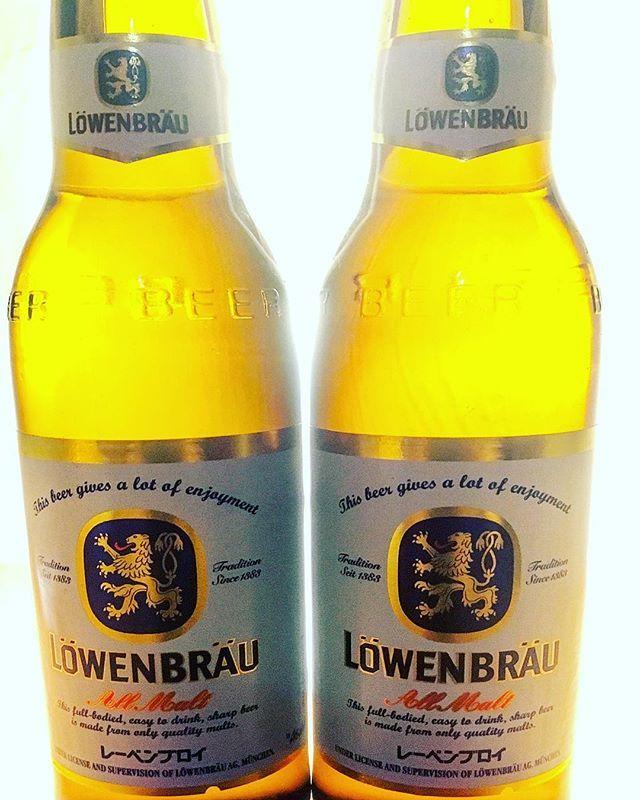 オクトーバーフェストin秋葉原 バル Au Tokyoite開催中!! 期間中に、対象のドイツ料理をご注文頂くと1皿に付き4名様まで1ドリンクサービス!! レーベンブロイもお選び頂けます!! 是非、一度お試し下さい(^^) ※ドリンクサービスは他瓶ビール、スイスワインは除きます。 料理には数に限りがございます。  #オクトーバーフェスト #octoberfest #秋葉原 #バル #autokyoite #レーベンブロイ #ドイツビール #ドイツ料理 #飲み会 #宴会 #オフ会 #合コン #ワイン #チーズ #チーズフォンデュ #肉 #肉バル #instafood #beer #wine #瓶ビール #ディナー #おしゃれ #ヨーロピアン #イタリアン #スペイン料理 #スイス料理 #ピザ #パスタ#ステーキ