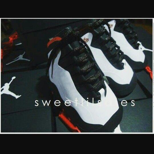 JORDAN THEME PARTY FAVORS Jordan 10 shoe favors with Jordan shoe boxes  www.sweetlilsoles.