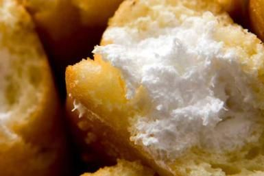 Irresistible Deep Fried Twinkies: Twinkies