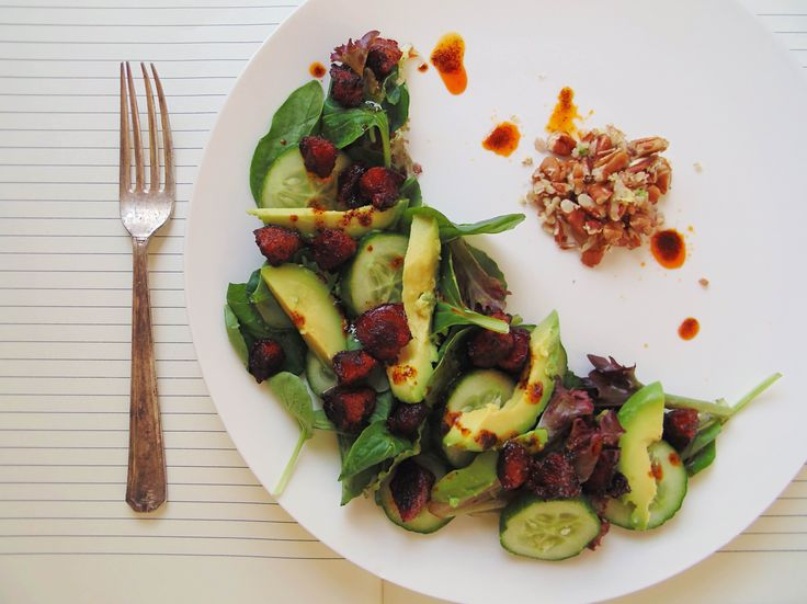 This elegant and flavour-packed Avocado and Chorizo salad is actually super simple to prepare. Don't worry, it can be our little secret!