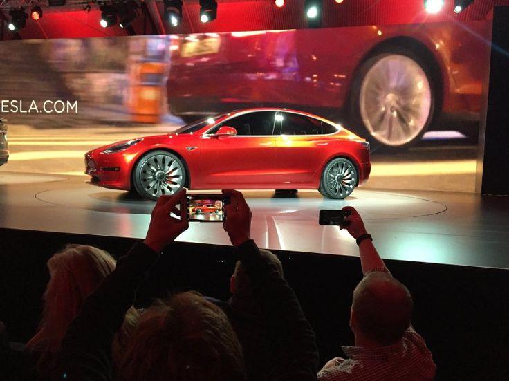 Model 3: Tesla braucht für Mittelklassewagen mehr Geld - SPIEGEL ONLINE - Wirtschaft