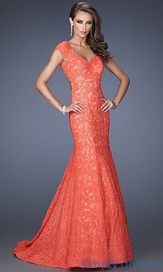 Shop Simply Dresses for lace mermaid dresses and cap sleeve formal gowns. Long lace prom dresses and open back floor length dresses by La Femme.