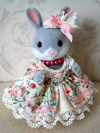 fancy sylvanian families clothes
