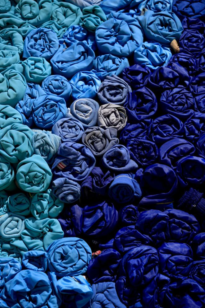 Blues - blue