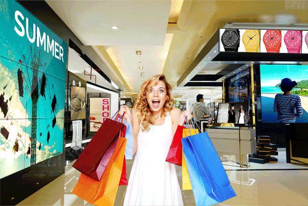 REGALA EMOZIONI! IL CLIENTE AL CENTRO DEL TUO MONDO. Amplifica l'esperienza d'acquisto nel tuo store con soluzioni interattive su misura! Su www.dominodisplay.com