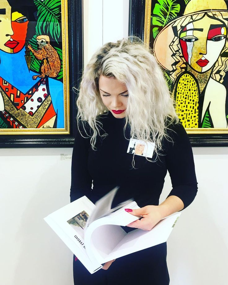 """86 gilla-markeringar, 1 kommentarer - MERCEDES MURAT (@mercedesmurat) på Instagram: """"It's so exciting to have my artwork published in Florence Biennale Contemporary Art Book. It can be…"""""""