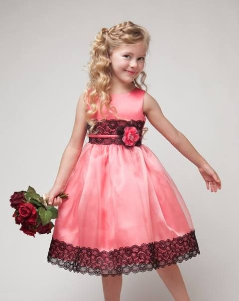 Christening gowns can be plain or fancy, but should always be made of the finest material and stitching. Christening gowns or outfits should also be elaborate and beautiful as well as soft and as comfortable as possible. Check this link right here http://execukids.com.au for more information on Christening Gowns.