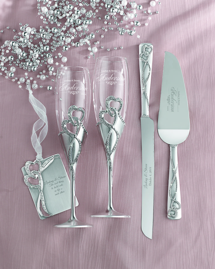 Even the smallest details of the wedding day should reflect the loving couple. Wedding Cake Servers & Accessories | Things Remembered Weddings 2014