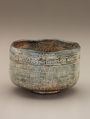 Tea bowl in style of Korean buncheong ware, unknown Raku ware workshop mid 18th - mid 19th century Edo period Raku-type earthenware with white slip inlaid under clear, colorless glaze H: 8.4 W: 12.6 cm Kyoto, Japan