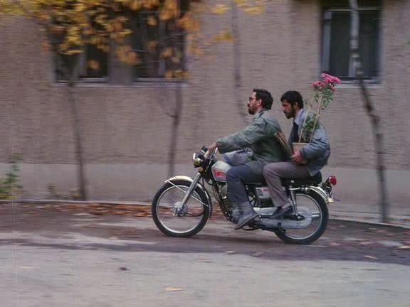 Mohsen Makhmalbaf and Hossain Sabzian in Close-up (1990, Abbas Kiarostami)