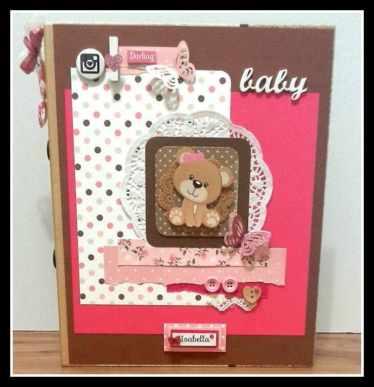 Fichário A4 confeccionado em kraft duas argolas para organizar os documentos do seu bebê! <br> <br>Capa/verso decorados em scrap. <br>10 envelopes <br>10 sacos plásticos <br>01 Envelope plástico com fechamento