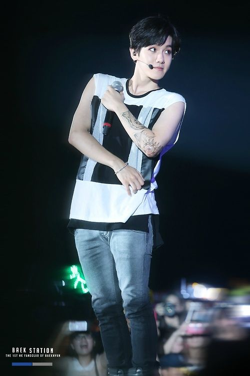 1000+ images about Baekhyun 백씨 현 on Pinterest | Bacon, Chen and ...