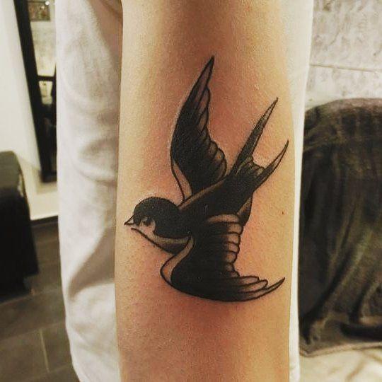 25 best ideas about vogel tattoo on pinterest 3 v gel. Black Bedroom Furniture Sets. Home Design Ideas