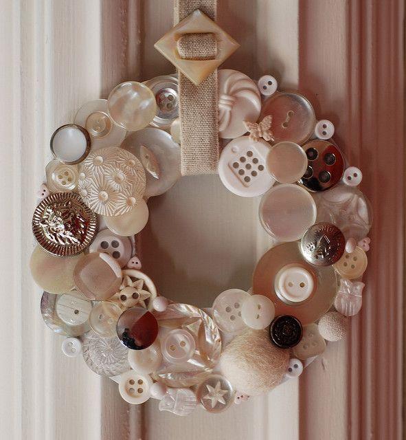BT4 white button wreath | bt4 delivered | Nicole Vaughan | Flickr