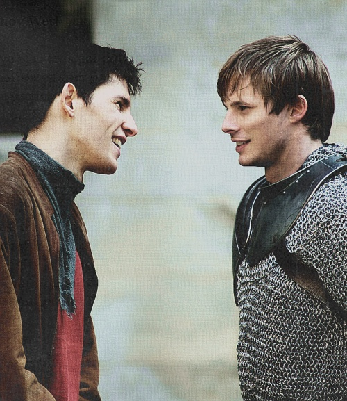 Man Candy Monday also pays tribute to Series 5 of Merlin finally arriving on Netflix! Colin Morgan and Bradley James