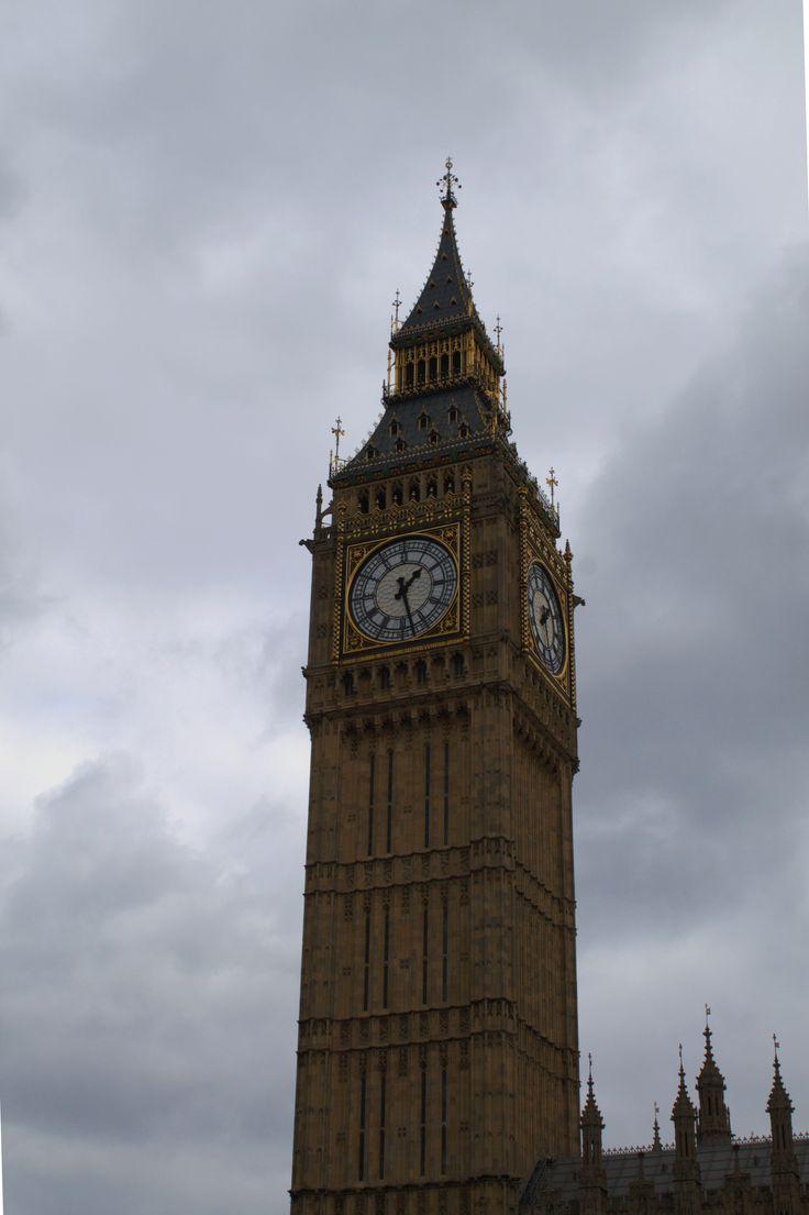 ¡Feliz fin de semana desde Londres!   #londres #london #uk #reinounido #inglaterra #england #bigbeng