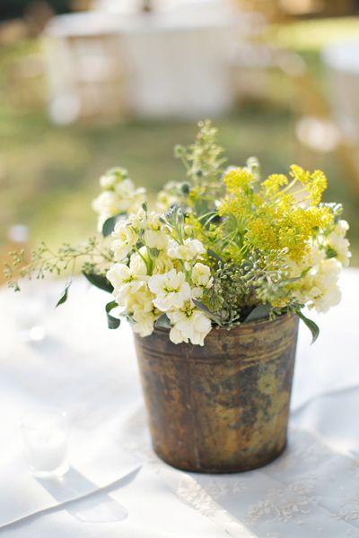 vintage bucket centerpiece | Paperlily Photography #wedding