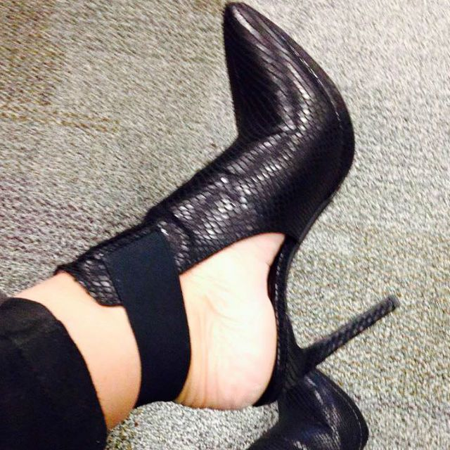 Jessica Simpson Pointed Toe Black Heels