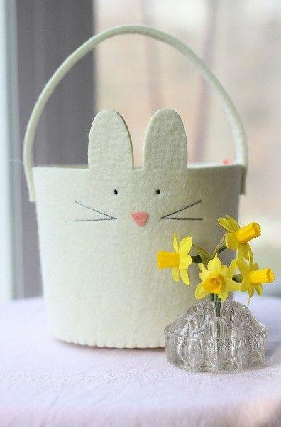 480 best 2014 diy easter crafts images on pinterest easter easter bunny felt basket easter day art easter gift ideas 2014 easter negle Images