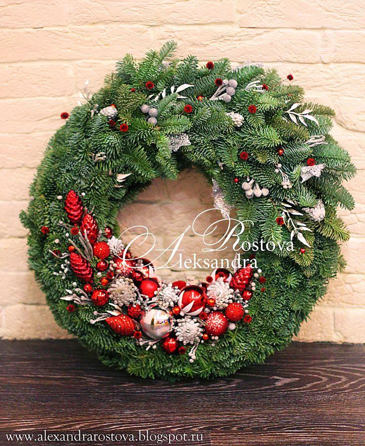 Wonderland - Волшебный мир Творчества...: Новогодняя флористика. Рождественский (новогодний) венок на дверь из ели Нобилис с шарами, шишками и сухоцветами