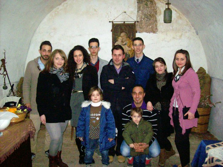 Il gruppo di giovani che ha dato vita alla Casa Museo