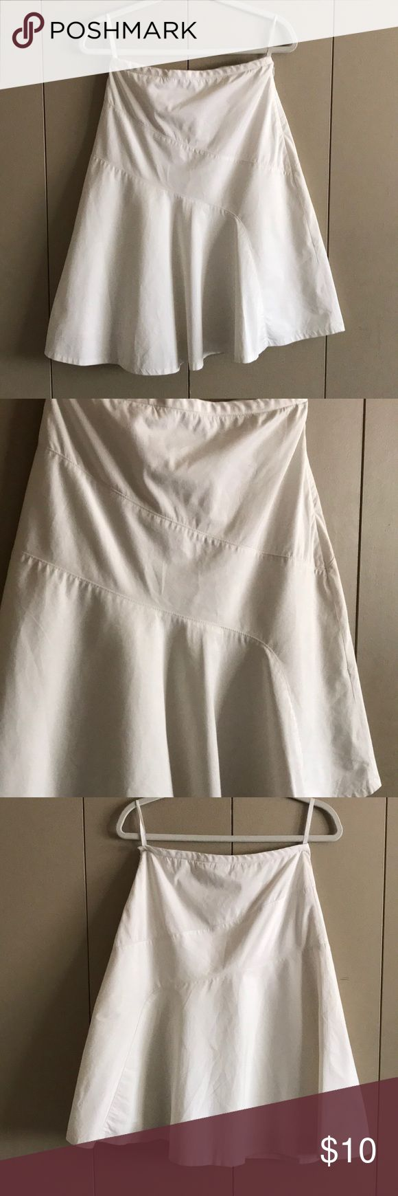GAP Stretch A Line Skirt Great for spring! Fully lined white a line skirt. Hook and eye is broken but side sip is fully functional. 27 inch waist; 24 inches long. Open to offers. GAP Skirts A-Line or Full