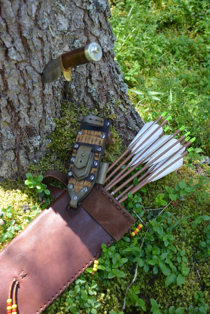 #bowhunting in the woods of Sudtirolo with #randall #bushmaster #bladearmour #easton