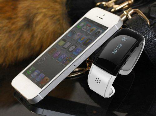 見た目は近未来的でおしゃれなバングル。 でも実は携帯電話やスマートフォンの電話着信を知らせてくれる腕時計なんです。 さらにハンズフリーで通話も出来る優れも そうすると画面に「Pairing」と表示され、手持ちの携帯やスマフォとペアリング出来ます。 ペアリング設定が終わると電話が来るとバイブレーションすると同時に、 番号を表示してくれるようになります。 更にBluetooth vibrating braceletと携帯電話やスマートフォンの距離が約10m以上離れると、 振動で置き忘れも知らせてくれる機能付き