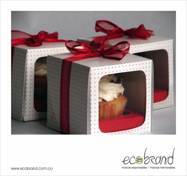 DISEÑO DE EMPAQUES - Empaque Cupcake Mes de la Mujer - PACKAGING DESIGN - Cupcake Packaging Women´s Day - www.ecobrand.com.co