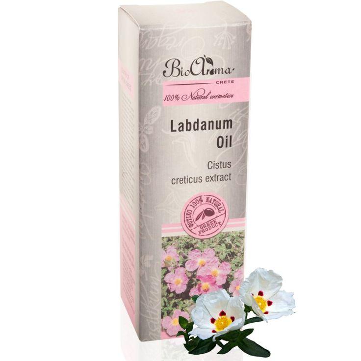Λάδι Λαβδάνου 50ml  € 8.40 Η αλαδανιά, το άγριο τριαντάφυλλο των βράχων, παράγει κάθε καλοκαίρι πάνω στα μακρόστενα και πράσινα φύλλα της μια μαύρη αρωματική ρητίνη, το λάβδανο.  To λάβδανο συλλέγεται κατά παγκόσμια αποκλειστικότητα στην Κρήτη. Στη ρητίνη περιέχονται οργανικές ενώσεις που ονομάζονται λαμβανικά διτερπένια, οι οποίες σύμφωνα με μελέτες παρουσιάζουν αντιμικροβιακή και κυτταροστατική δράση. Κατάλληλο και για ευαίσθητες επιδερμίδες.