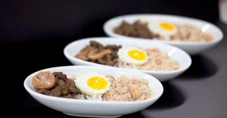 Picadinho carioca com iscas de mignon, arroz de castanha e farofa de banana com ovinho de codorna