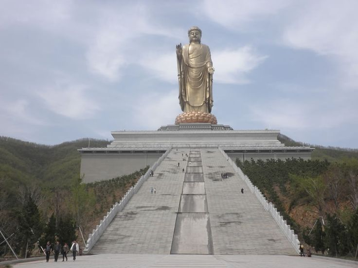 1 Spring Temple Buddha - 5 Biggest Outdoor Statues In The World