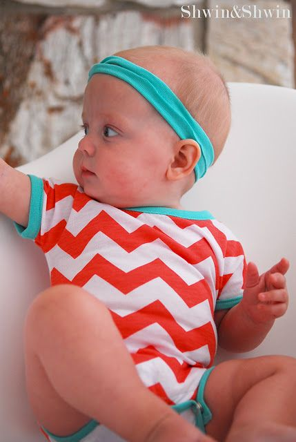 "Free sewing pattern for baby onesie, or ""body"" as it is called in Swedish. Will do this!"