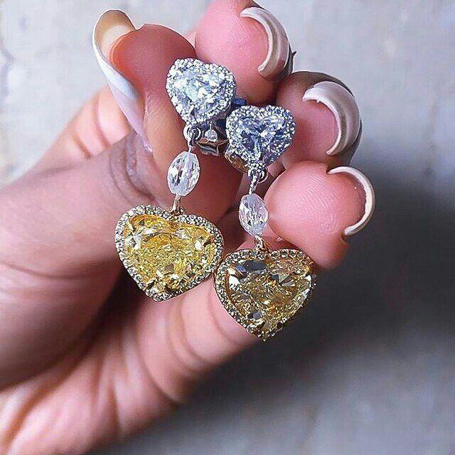 @champagnegem - I wish I was at #JewelleryArabiaKuwait to see @kamyenjewellery stunning heart shaped diamond earrings in person for #MyLoveAffairWithDiamonds. #Brilliance #Scintillation