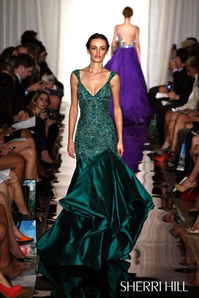 102 best Gowns images on Pinterest | Night out dresses, Party ...