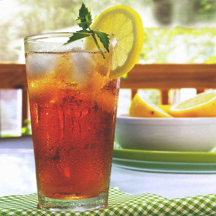 Front Porch Peach Tea Recipe   Bourbon Mixed Drink Recipe   Jim Beam® Cocktails