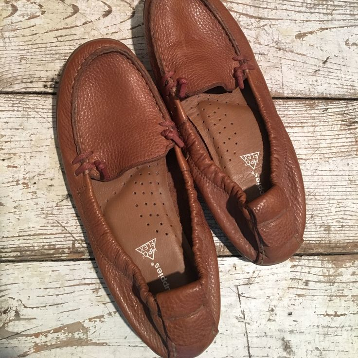 Hush Puppies Shoes Brown Soft Leather Hush Puppies