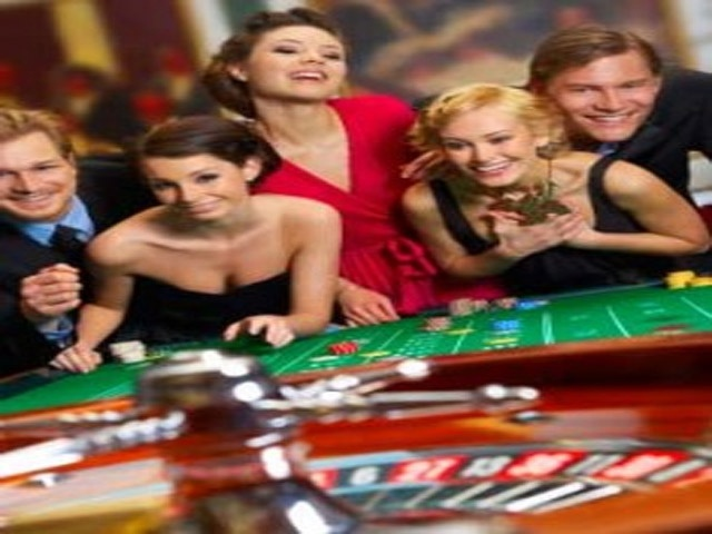 http://www.youtube.com/user/lashawn2003/videos - Winning baccarat and roulette system videos.
