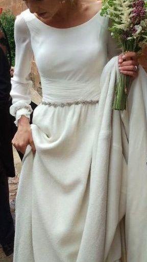 Una tarde con Isabel Nuñez, las bodas de Tatín.Vestido de novia con falda de seda rústica de I Nuñez