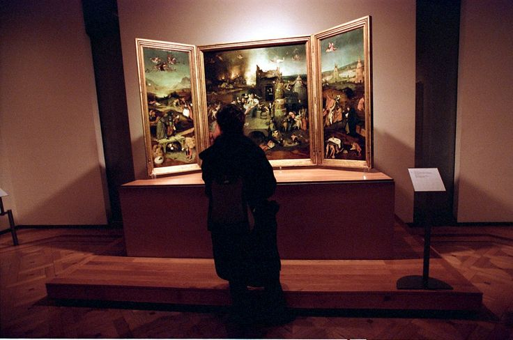 Museu do Prado traz 60 pinturas ao Museu Nacional de Arte Antiga | via Público  9/9/2013 Uma exposição com 60 pinturas do Museu do Prado, de Madrid, e o intercâmbio de obras de Bosch e Dürer são alguns dos pontos principais de um protocolo assinado com o Museu Nacional de Arte Antiga, em Lisboa #Portugal