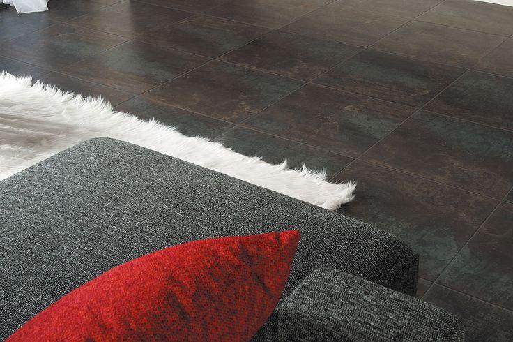 Керамогранит под металл. Имеет глазурованную поверхность. Коллекция Antares представлена в формате 33,3*33,3; 40*60; 50*50 для пола. Для стен можно использовать размер 10*10; 16,5*16,5. Плитку можно выкладывать в коридор, прихожую, торговые площади, офисы и базнес-центры. <br>Для полноценной отделки стен подойдёт коллекция Pegaso. Она вышла позднее и полностью соответсвует стилю.