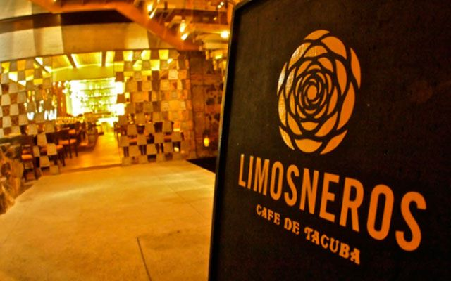 Referencia gastronómica en el Centro Histórico. Restaurante Limosneros ofrece ingredientes y técnicas tradicionales de México con un toque contemporáneo.