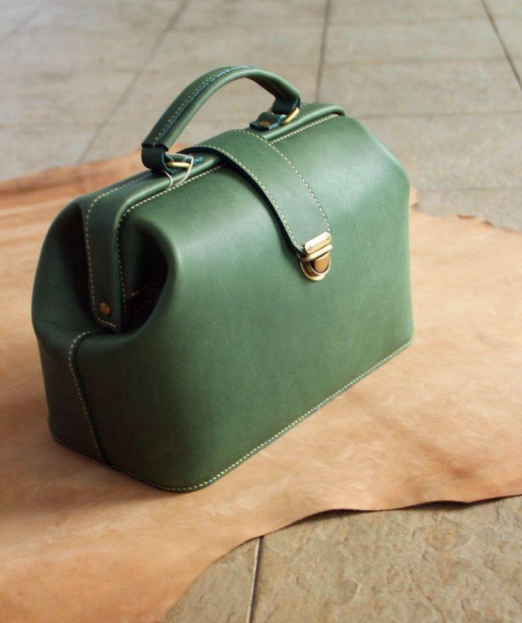 Handmade Vintage Leather Doctor Bag green by Kurihandmade on Etsy