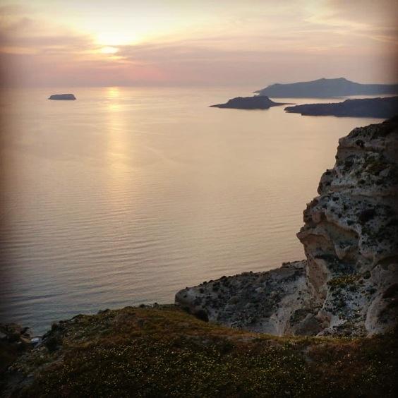 The Caldera of Megalochori , Santorini  www.santoriniheritagevillas.com #santorini #santorinigreece #santorinivillas