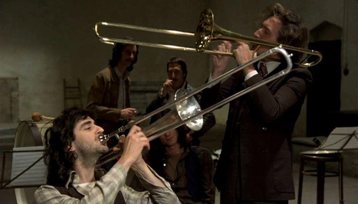 Playing trombone // Orchestra Rehearsal / Fellini