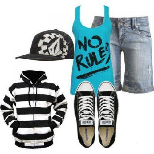Cute Emo Outfits | 20+ Lovely Emo Clothes That Make You Attractive